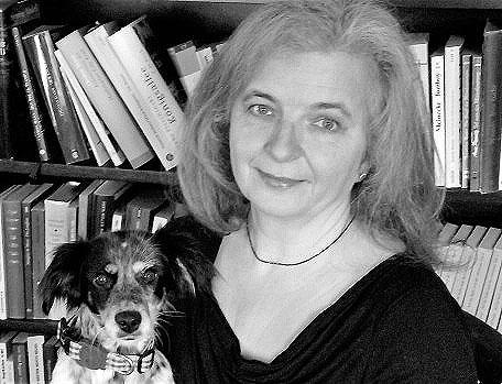 Hund im Buch, Älterwerden, Haustiere, Haustier und Älterwerden, Blogs50plus,