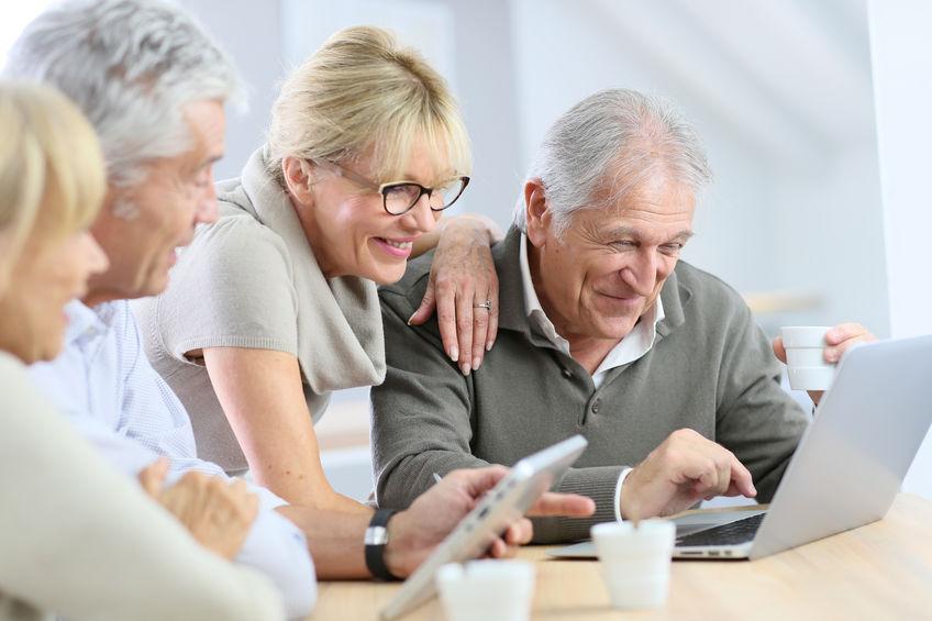 Netzwerk 50plus, Netzwerke 50plus, Ältere Menschen onlien, Online-Nutzung Älterer, Senioren online, lebenslanges Lernen, Blogger 50plus, Rentner online